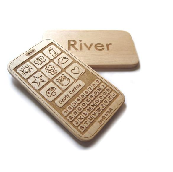 Holz Smartphone