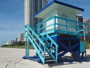 Buntes Lifeguard Haus #1 am Strand von Miami