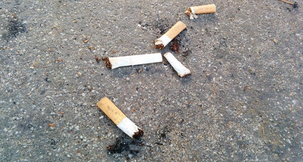 Zigarettenstummel auf Spielplätzen: Wir brauchen ein Rauchverbot auf Spielplätzen