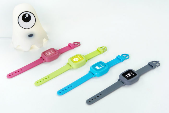 Die Octopus Uhr zeigt Kindern mit Icons die Zeit.